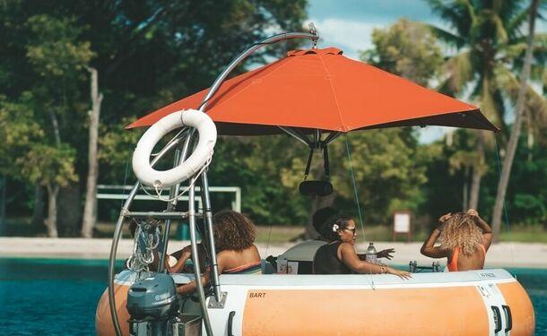 Aventure détente à bord d'un donuts boat (bateau sans permis)