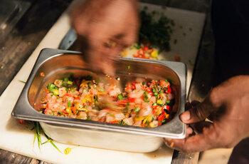 """Apprenez à cuisiner un menu végétarien """"lokal"""""""