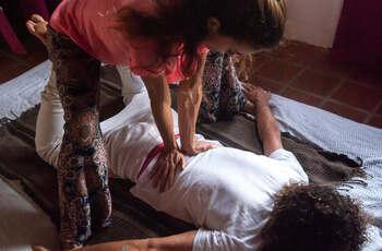 Massage traditionnel thaïlandais (Nuad Bo Rarn)